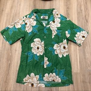 VINTAGE HILO HATTIE'S HAWAIIAN BUTTON-UP SHIRT